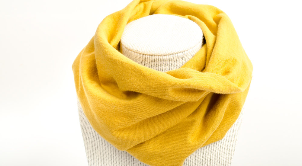 Yelow infinity scarf with snaps for baby